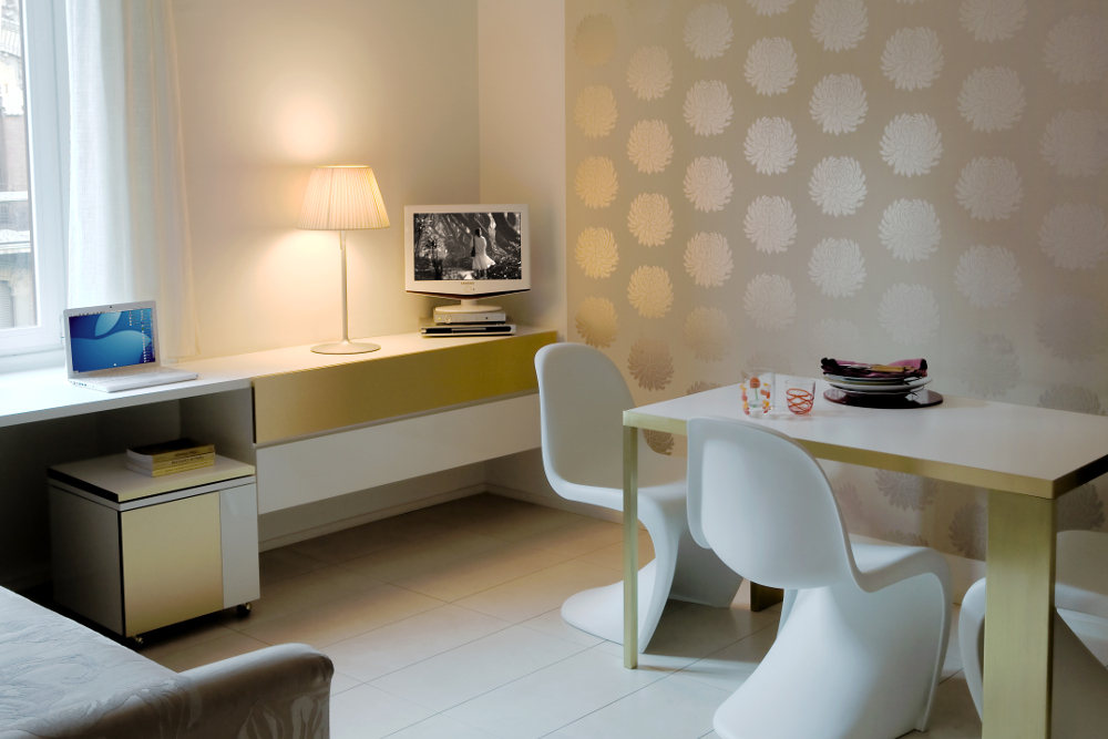 Residence la casa di alice residence milano for Appartamenti arredati milano